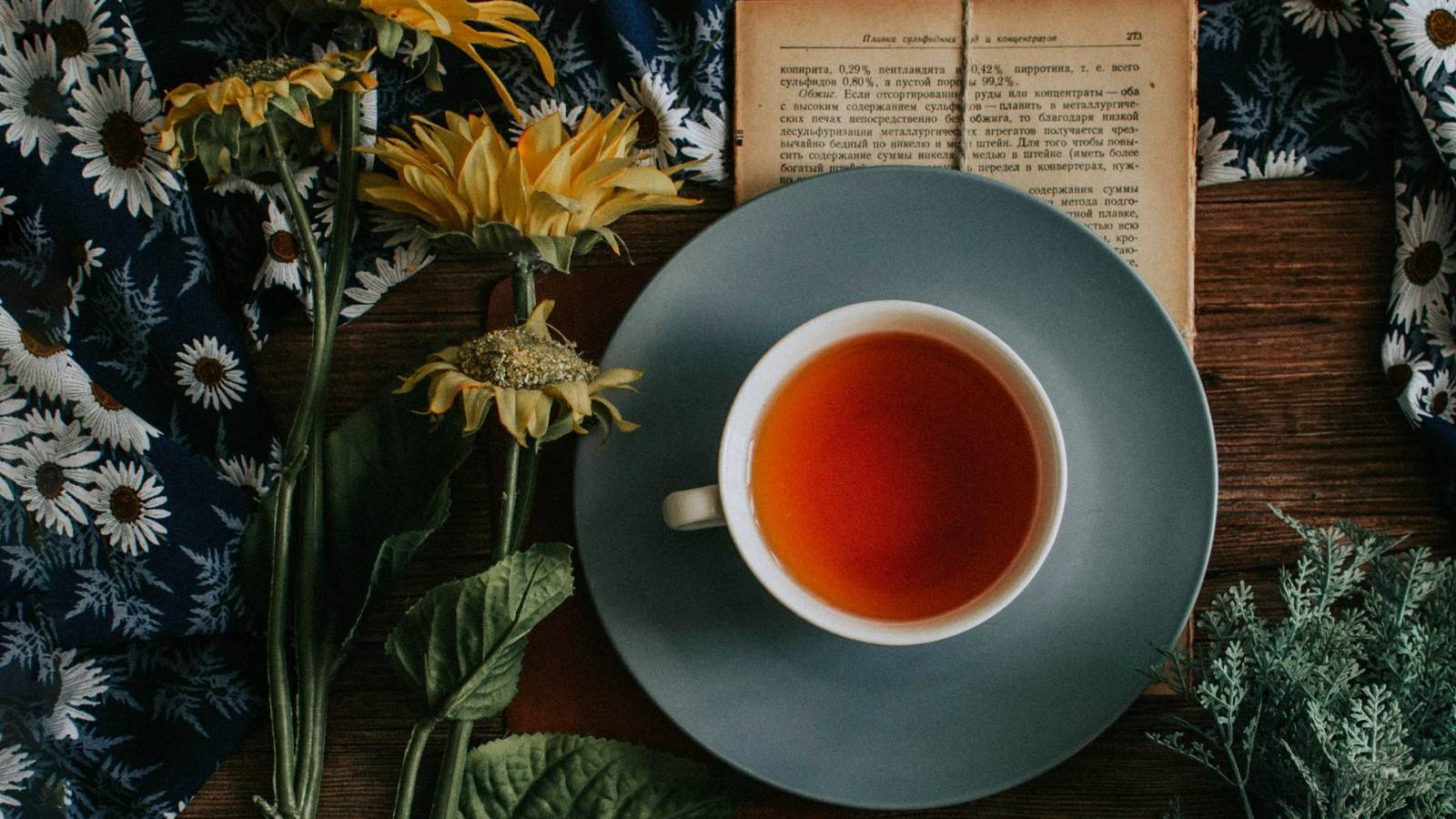 Scientists discover how to make a scum-free cup of tea