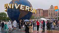 Massive new theme park opens in China