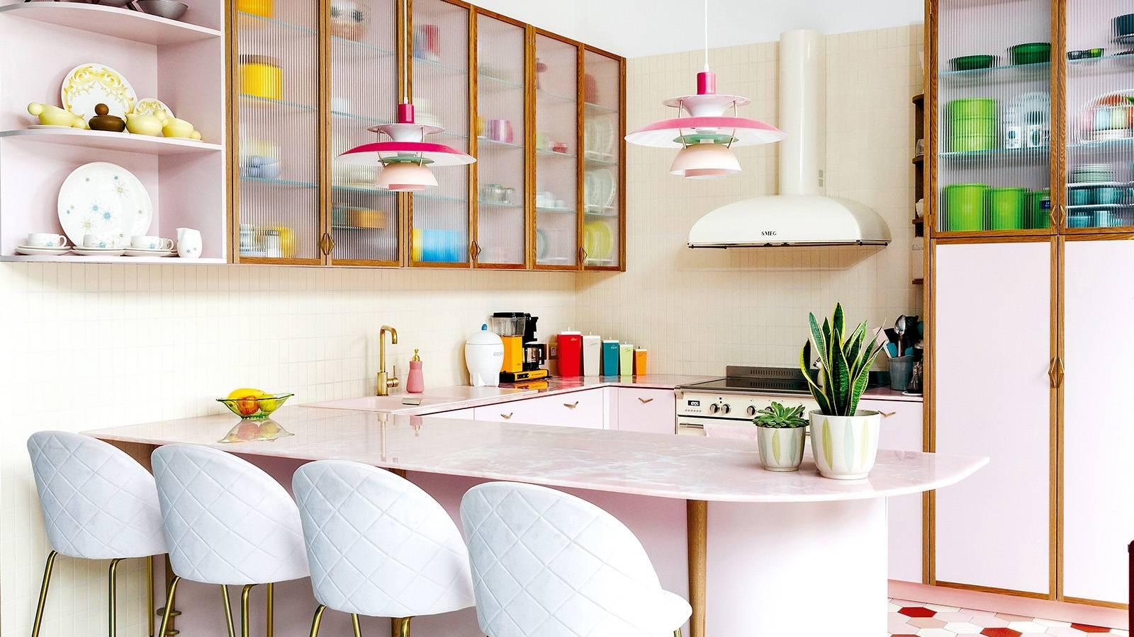 Expat Kiwi's technicolour loft Amsterdam apartment