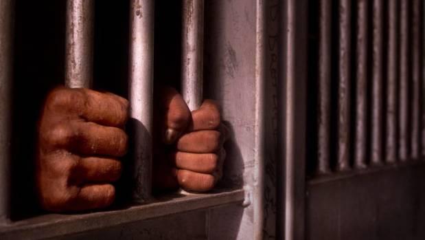 Flatulent felon forces Kansas City detective to abort interrogation