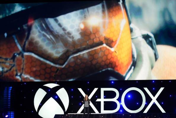 Head of 343 Industries Bonnie Ross presents Halo: The Master Chief Chronicles at E3 2014.