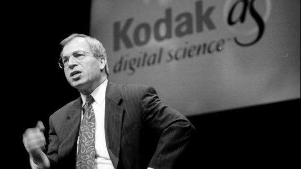 Kodac chief executive George Fisher explains Kodak's new digital imaging technology to the media in San Francisco in 1995.
