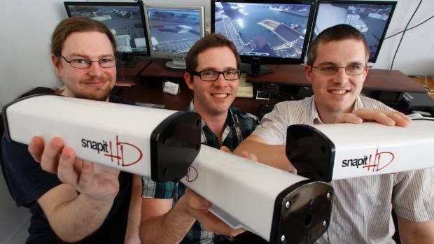 ZOOM IN: Steve Taylor, Chris Rodley and Andrew Rodley with Snapit HD's 360 cameras.